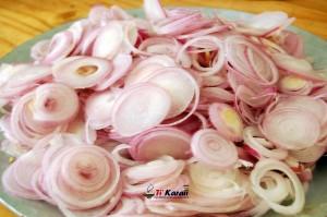 oignons cru avant cuisson en oignons... </div> <a href=